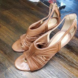 L.A.M.B brown side cut sandals heel 5.5